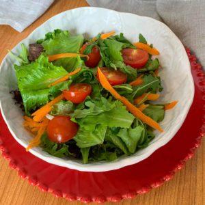 Salada Mista de Alface, Tomate Cherry e Cenoura
